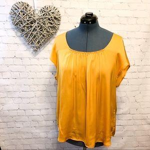 🌸2/$30🌸Mustard Yellow Ladies Short Sleeve Blouse